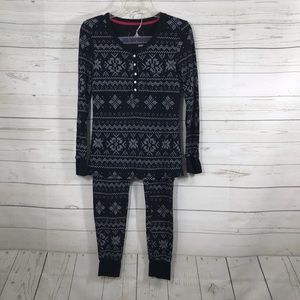 Jane and Bleeker Two piece thermal pajamas sent